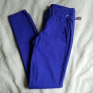 NWT Paige Skinny Jeans Size 27